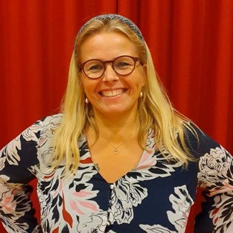 Karina Schwartz